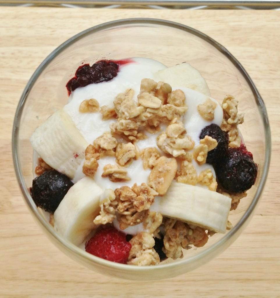 Berry Yogurt and Maple Oats