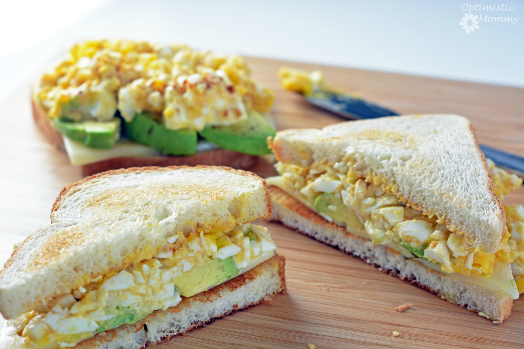 Super Simple Egg and Cheese Sandwich