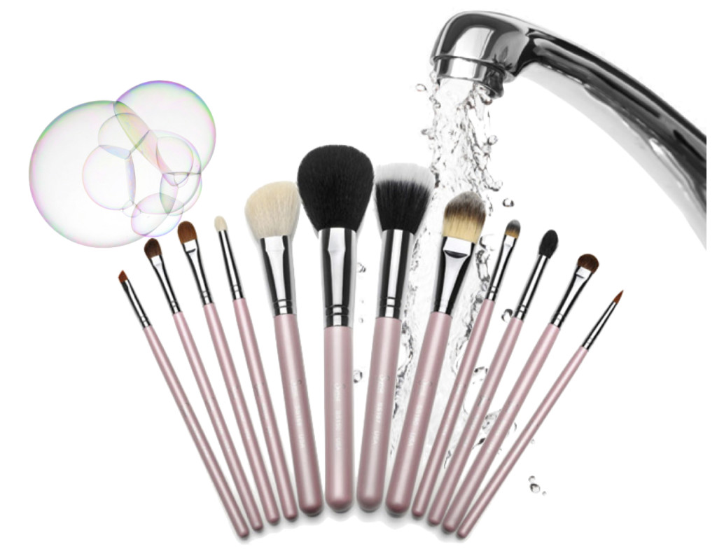 Clean makeup bruches
